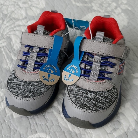 surprize by stride rite light up shoes